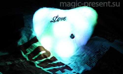Светящаяся подушка Сердце белый