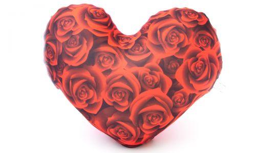 Декоративная подушка Сердце с розами