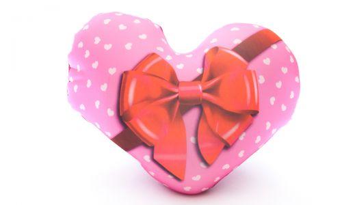 Декоративная подушка Сердце - подарок.