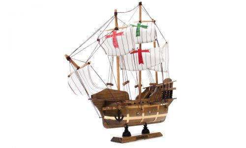 Сувенирная модель корабля \