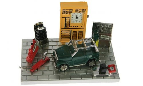 Настольные часы Автомастерская